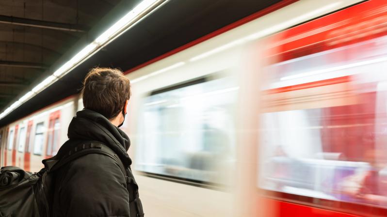 Процент эффективности видеорекламы в метро